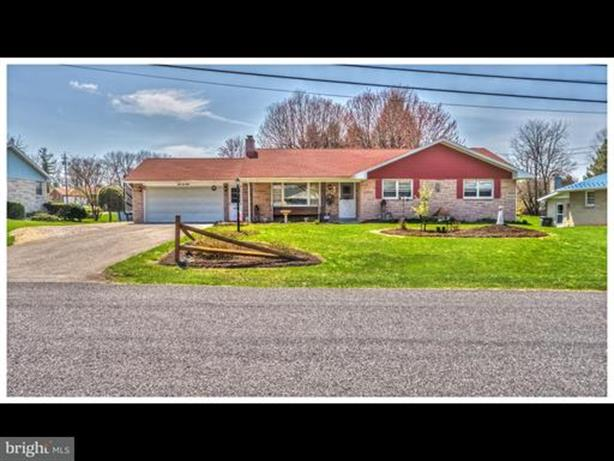 3420 HOLLY ROAD, Dover, PA 17315