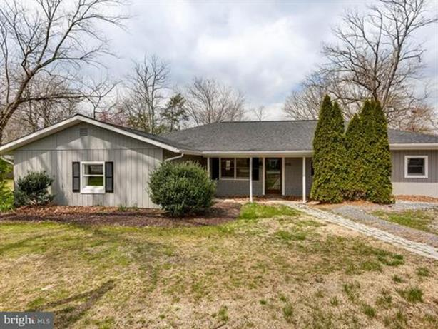 610 LAUREL DRIVE, Pasadena, MD 21122