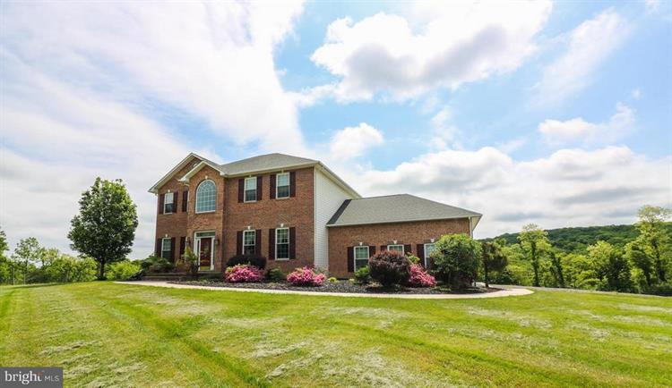 374 FARM VIEW LANE, Romney, WV 26757