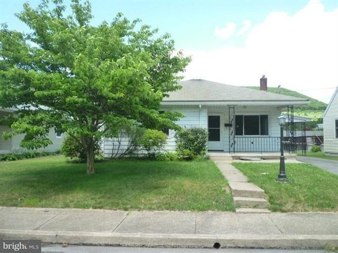 119 S 2ND STREET, Lykens, PA 17048