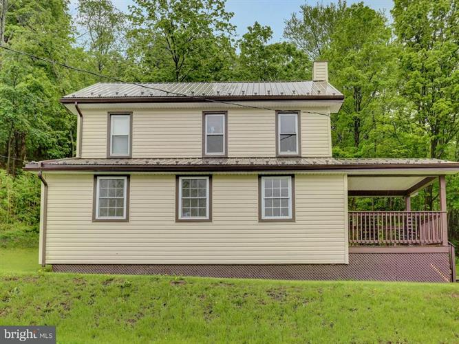561 AMISH SCHOOL ROAD, Herndon, PA 17830