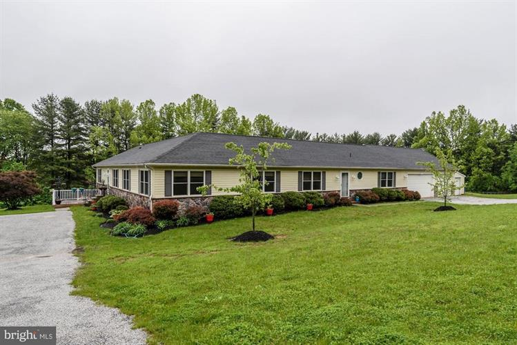 715 WEST WATERSVILLE ROAD, Mount Airy, MD 21771 - Image 1