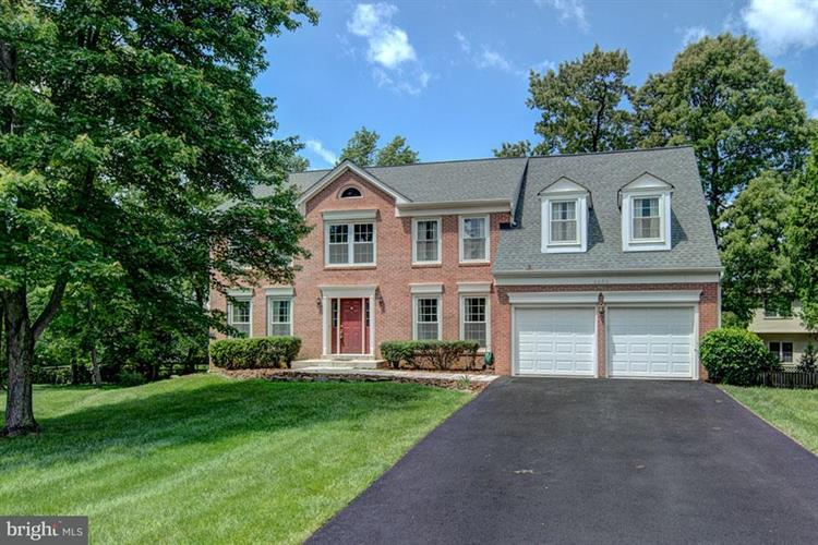 2602 PADDOCK GATE COURT, Oak Hill, VA 20171