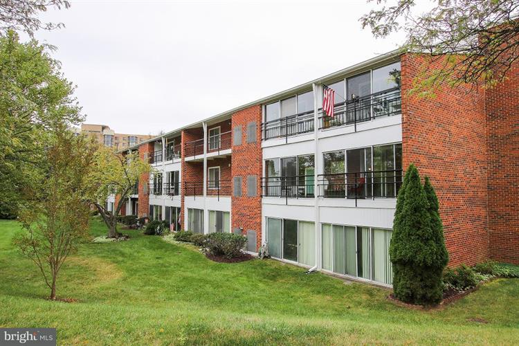 15301 WALLBROOK COURT, Silver Spring, MD 20906