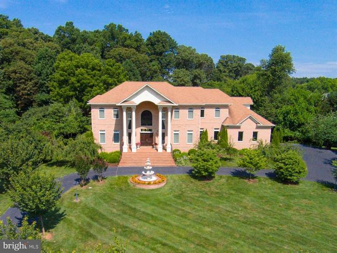 2952 BONDS RIDGE COURT, Oakton, VA 22124 - Image 1