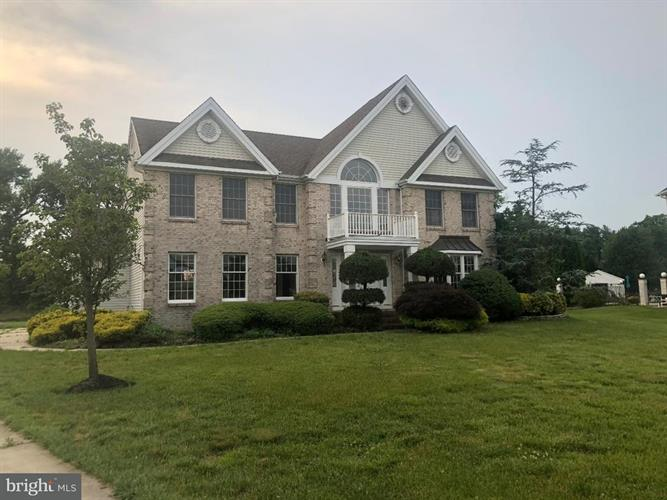 11 TAMWOOD LANE, Sewell, NJ 08080
