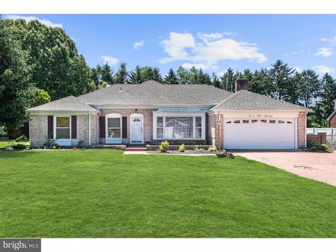 607 MANOR ROAD, Cinnaminson, NJ 08077
