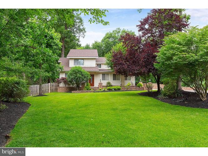 82 HARROWGATE DRIVE, Cherry Hill, NJ 08003