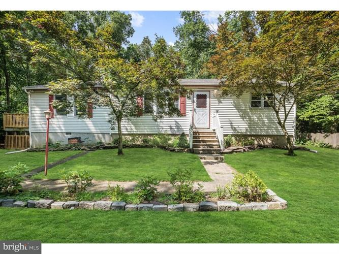 17 SIGNAL HILL ROAD, Pine Hill, NJ 08021