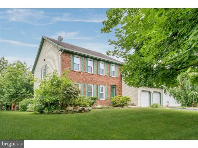 24 FRANKLIN DRIVE, Plainsboro, NJ 08536