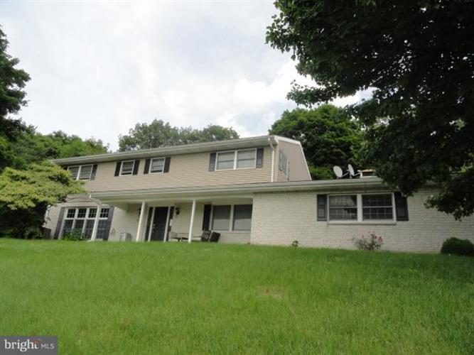9052 POSSUM HOLLOW ROAD, Shippensburg, PA 17257