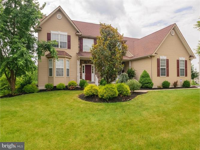 1012 CREEKVIEW DRIVE, Pennsburg, PA 18073