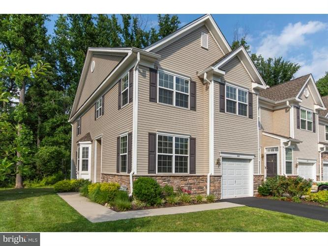 460 ROARKS TRAIL, Warminster, PA 18974