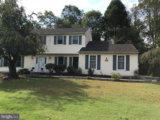 755 SANDY RUN ROAD, Yardley, PA 19067