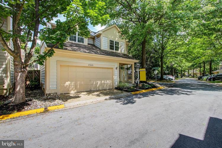 8609 HOLLY POND PLACE, Montgomery Village, MD 20886