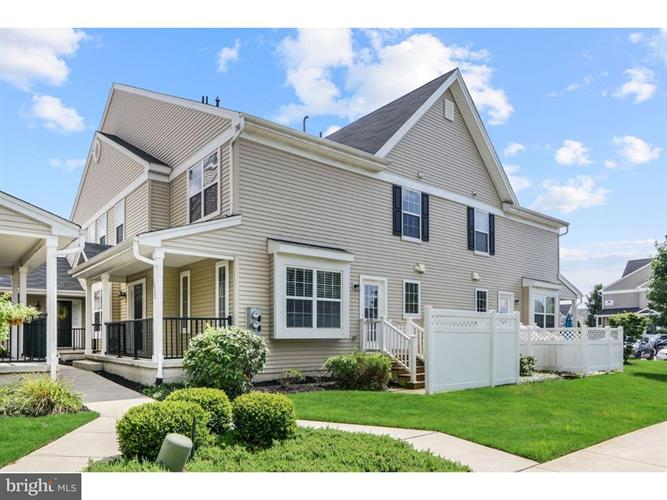 1802 LEXINGTON MEWS, Woolwich Township, NJ 08085