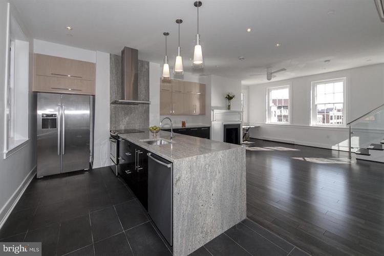 1202 30TH STREET NW, Washington, DC 20007