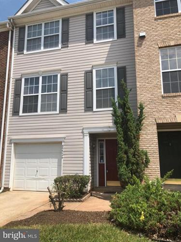 45526 LAKE HAVEN TERRACE, Sterling, VA 20165