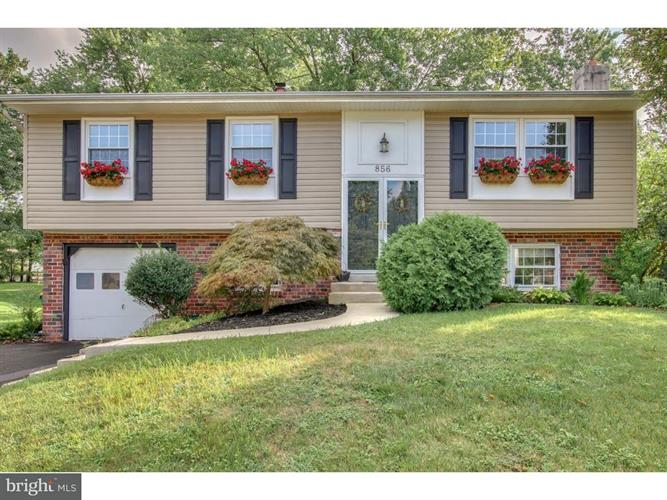 856 CONCORD PLACE, Lansdale, PA 19446