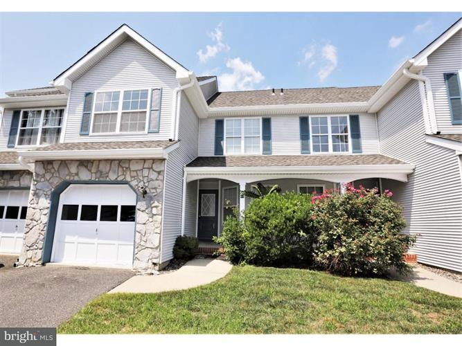 44 HEATHER COURT, Monmouth Jct, NJ 08852