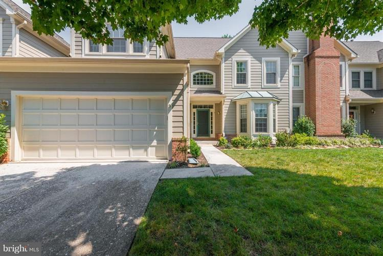 3 HAY PASTURE COURT, Catonsville, MD 21228
