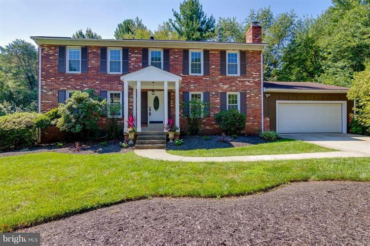 11307 HUNT FARM LANE, Oakton, VA 22124