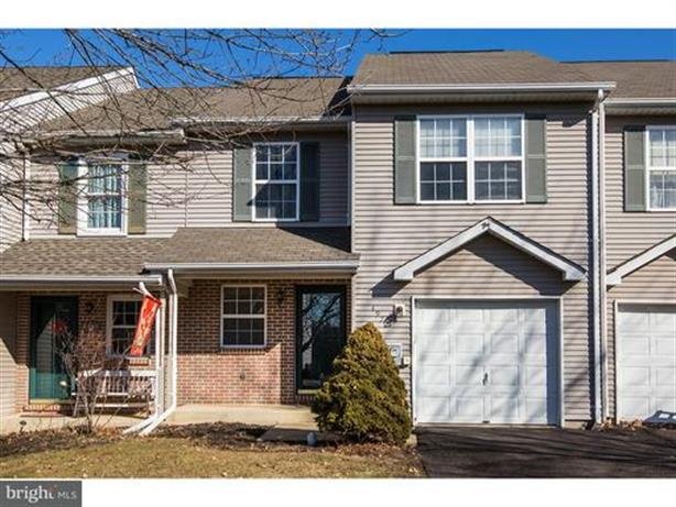 4972 WINDY MEADOW COURT, Pipersville, PA 18947