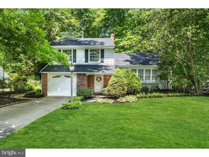 855 WATERFORD DRIVE, Delran, NJ 08075