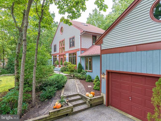 9 EASTWOOD COURT, Voorhees, NJ 08043 - Image 1