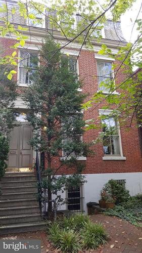 715 G STREET SE, Washington, DC 20003 - Image 1