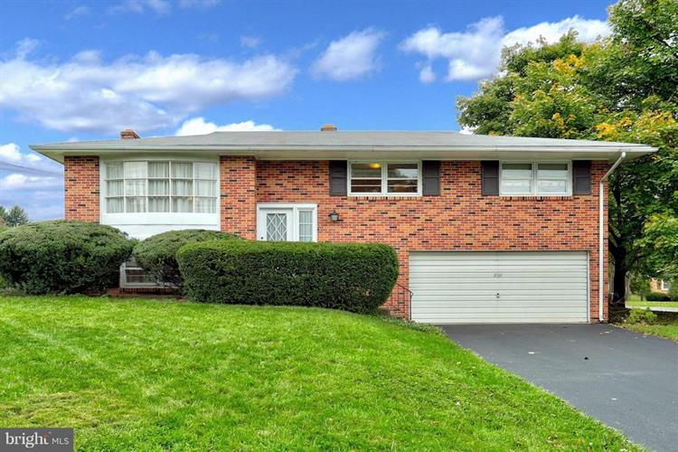 2101 ANDOVER DRIVE, Dover, PA 17315 - Image 1