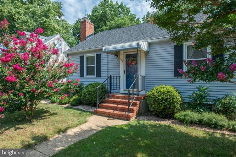 204 WOODS DRIVE, Annapolis, MD 21403 - Image 1