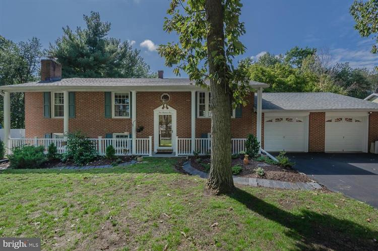 105 CIRCLE ROAD, Pasadena, MD 21122 - Image 1