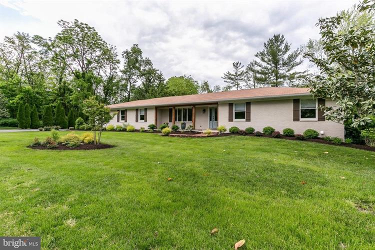 5 PEBBLE LANE, Lutherville Timonium, MD 21093 - Image 1