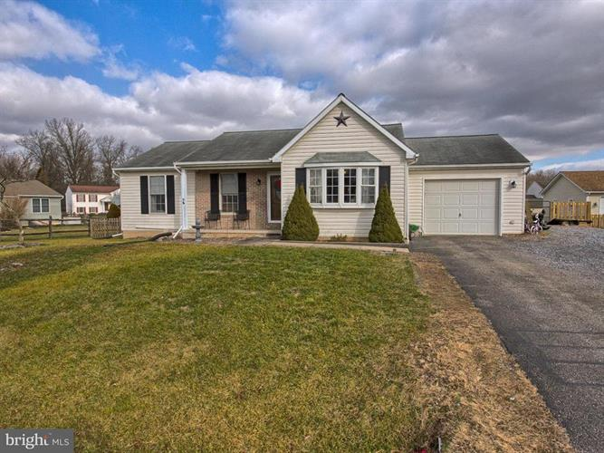 15928 HIBISCUS DRIVE, Hagerstown, MD 21740 - Image 1