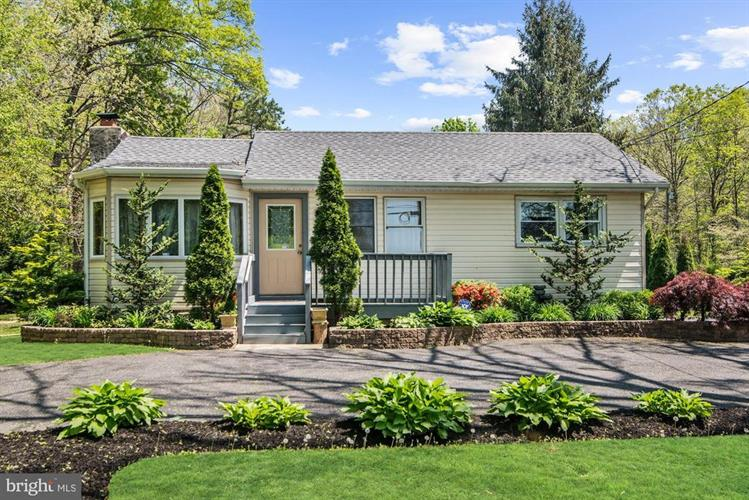 392 N TUCKAHOE ROAD, Williamstown, NJ 08094 - Image 1