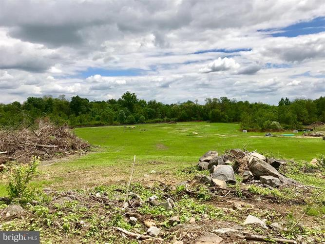 2283 E BERLIN ROAD, East Berlin, PA 17316 - Image 1