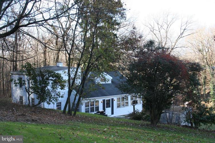 310 SPRING VALLEY ROAD, Reading, PA 19605 - Image 1