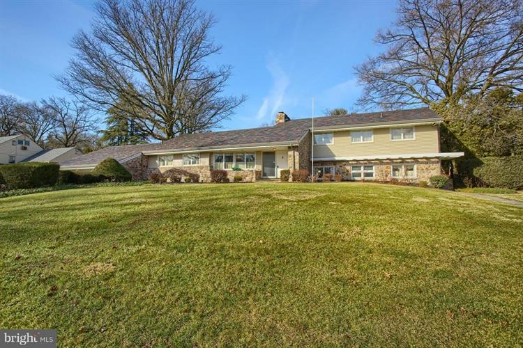 608 MUSEUM ROAD, Reading, PA 19611 - Image 1