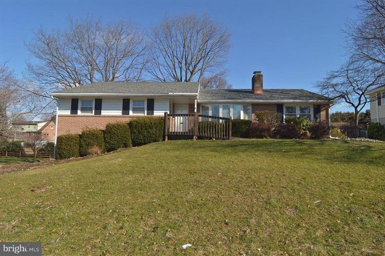 531 AMHERST AVENUE, Reading, PA 19609 - Image 1