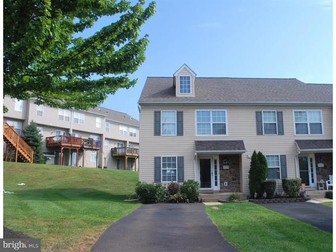 4999 ESTHER REED DRIVE, Doylestown, PA 18902