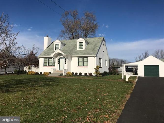 6091 KELLERS CHURCH ROAD, Pipersville, PA 18947 - Image 1