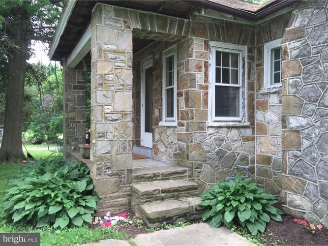 256 W EVERGREEN STREET, West Grove, PA 19390 - Image 1