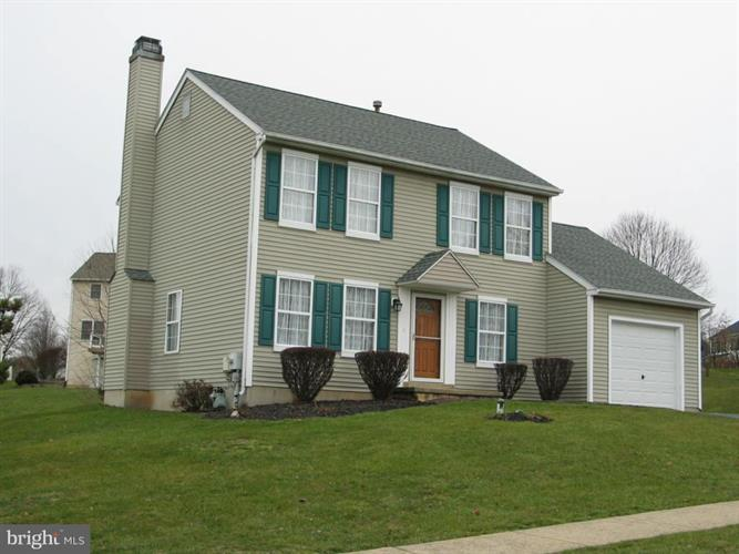 213 THORNRIDGE DRIVE, Thorndale, PA 19372 - Image 1