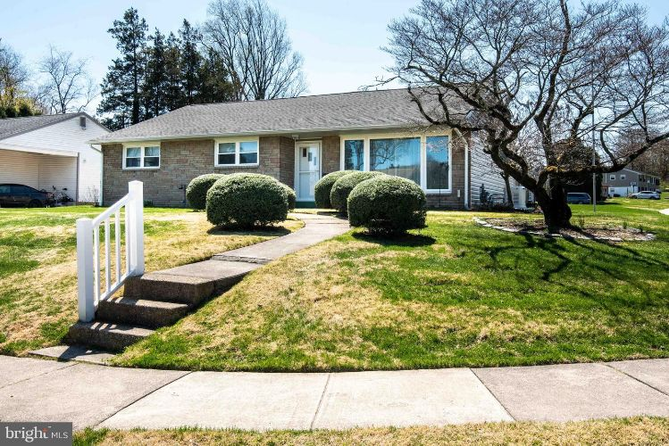 2054 SPRINGHOUSE ROAD, Broomall, PA 19008 - Image 1