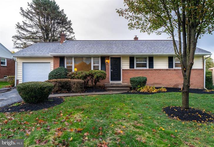 51 FRESH MEADOW DRIVE, Lancaster, PA 17603