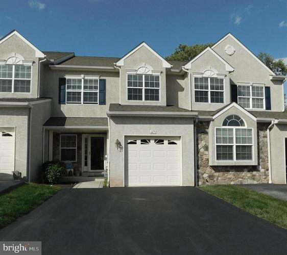 125 FAIRWAY LANE, Norristown, PA 19403 - Image 1