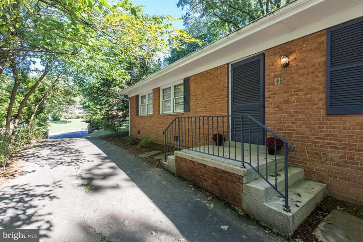 6016 LEE HIGHWAY, Arlington, VA 22205