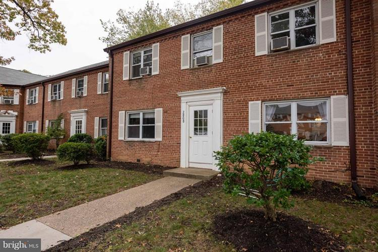 2808 16TH ROAD S, Arlington, VA 22204