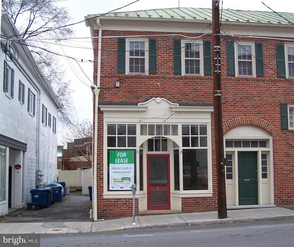 3 CHURCH STREET S, Berryville, VA 22611